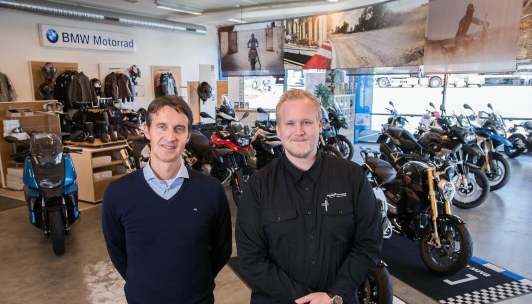 BMW-sjef Jonas Klinga sammen med salgs-og markedssjef i Motor Teknikk Morten Lauvås.