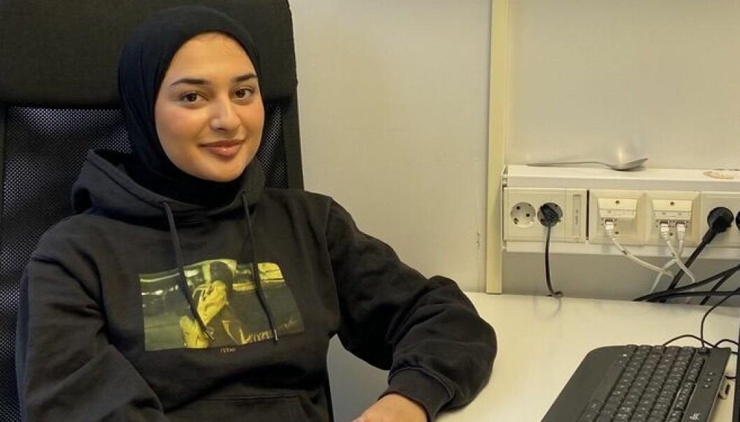 Sidra (19) ble årets selger i Loyalty 2020: – Jeg er introvert og trives best alene