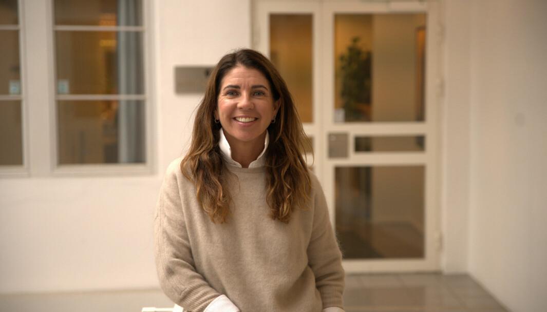 Lise Lillevold mener jobben som salgssjef gjøres best i samarbeid med de andre i teamet.